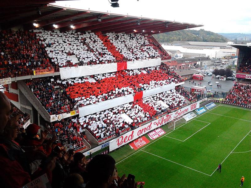 Tribune des tifosi du Standard de Liège
